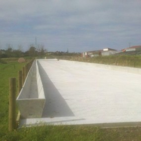 Absolute Concrete Feed Channels